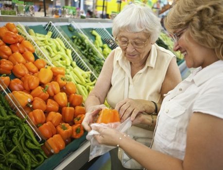 5-tips-to-make-grocery-shopping-easier-for-your-aging-parents
