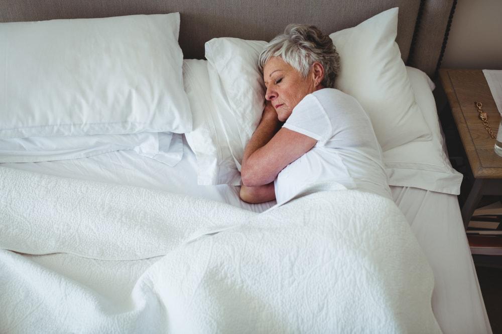 How to Help Your Elderly Loved Ones Get Better Sleep